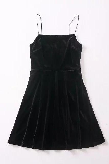 Black Velvet Straight-Across Spaghetti Straps Short Skater Dress